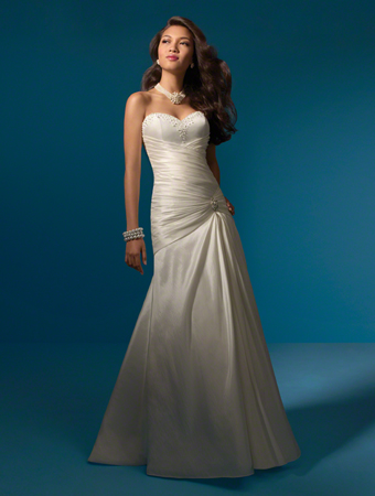 Alfred angelo dewitt ny a lovelee wedding for Cheap wedding dresses syracuse ny
